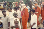 Swami ji with MPS sthapati